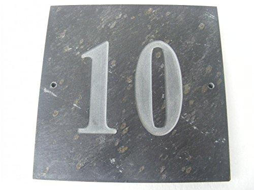 N ° 10 GRIS ARDOISE NATURELLE NUMÉRO DE MAISON 15 x 15 CM PROFONDEUR PLAQUE GRAVÉE DE SURFACE NATURELLES UNE CRÉMAILLÈRE CADEAU (150 x 150 MM