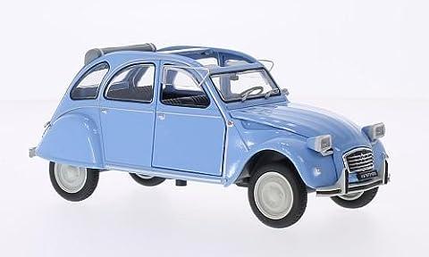 Citroen 2CV 4, bleu clair, 1976, voiture miniature, Miniature déjà montée, SpecialC.-19 1:24