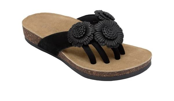 bfb3b6c6df30 Wellrox Women s Santa Fee-Blossom Black Casual Sandal 11  Amazon.co.uk   Shoes   Bags