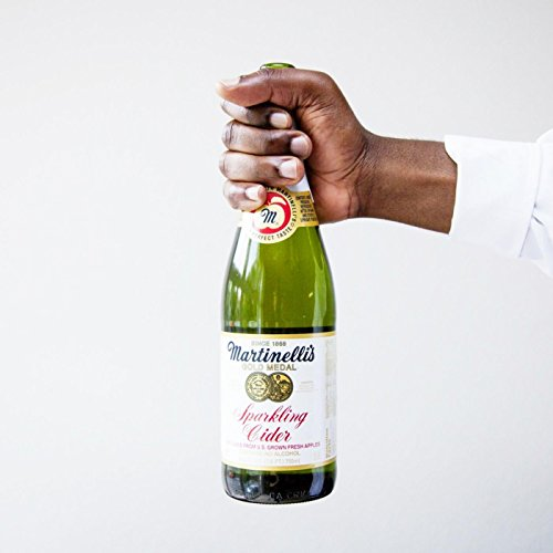 Martinelli's (feat. Andy Mineo)