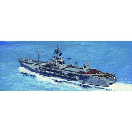 Trumpeter 1:700 -modellino nave da guerra uss mount whitney lcc-20 1997 (tru05719)