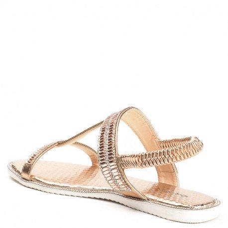 Ideal Shoes - Sandales plates avec bride incrustée de strass Talania Champagne