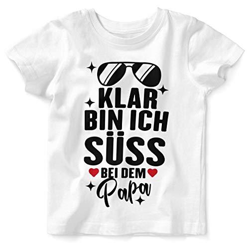 Mikalino Baby/Kinder T-Shirt mit Spruch für Jungen Mädchen Unisex Kurzarm Klar Bin ich süß - bei dem Papa | handbedruckt in Deutschland | Handmade with Love, Farbe:Weiss, ()