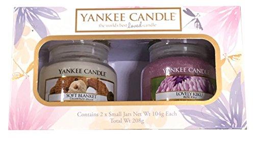 """_ Yankee Candle, set regalo originale con vasetti """"Soft Blanket"""" e """"Lovely Kiku"""" confronta il prezzo online"""