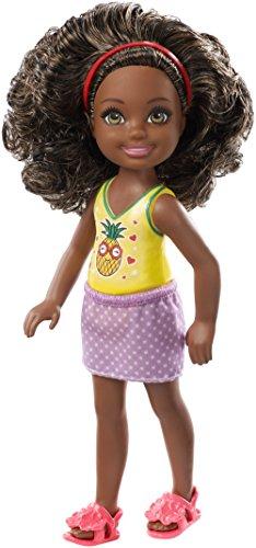 Barbie Chelsea y sus amigas, muñeca con pelo rizado y moreno (Mattel FXG76)
