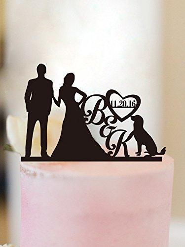 funny-wedding-cake-topper-sposo-e-sposa-con-cane-wedding-cake-topper-personalizzato-iniziali-regalo-