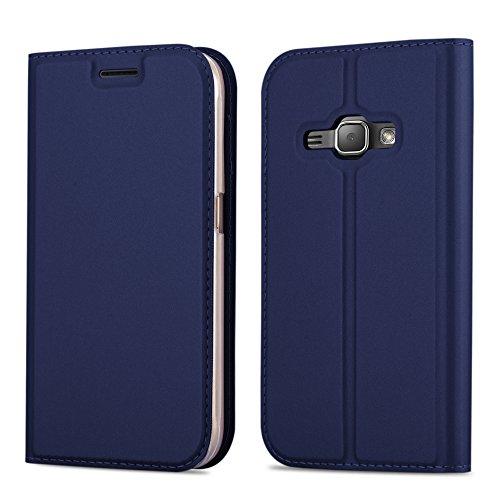 Cadorabo Hülle für Samsung Galaxy J1 2016 (6) - Hülle in DUNKEL BLAU – Handyhülle mit Standfunktion und Kartenfach im Metallic Look - Case Cover Schutzhülle Etui Tasche Book Klapp Style