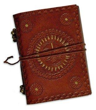 Tagebuch - Sonne, kleines dickes Notizbuch blanko mit unlinierten Seiten und Ledereinband, Prägung...