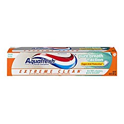 Aquafresh Extreme Clean Pure Breath Action Fresh Mint Fluoride Toothpaste 5.6 oz. Box