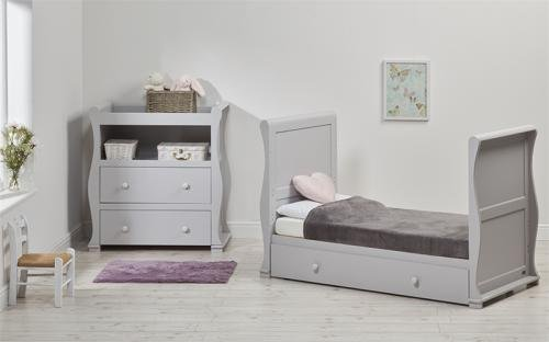 East Coast Alaska Sleigh 2 Piece Nursery Room Set with Under Drawer and Sprung Mattress - Grey East Coast  4