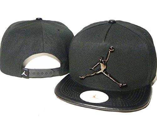 2017-fresco-air-jordan-cappello-nero-black-metal-logo