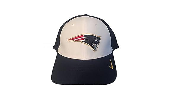 154427149 Nike True Vapor NFL New England Patriots Adjustable Hat Dri Fit   Amazon.co.uk  Sports   Outdoors