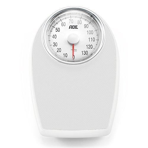 ADE BM 701. Tipo: Báscula de baño analógica, Capacidad máxima de peso: 136 kg, Precisión: 1 kg. Ancho: 285 mm, Profundidad: 83 mm, Altura: 430 mm Peso y dimensiones -Ancho: 285 mm -Profundidad: 83 mm -Altura: 430 mm  Desempeño -Tipo: Báscula de baño ...