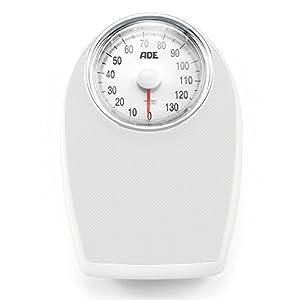 ADE Báscula mecánica de baño  BM701 Victoria. Tipo médico. Metal robusto y goma antideslizante (Blanco-plata)