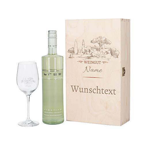 Herz & Heim® Weinset - Motiv Weingut - mit graviertem Weinglas und Bree Wein zur Auswahl in Premium Geschenkverpackung Weiß