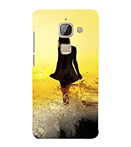 PrintVisa Lady Walking Beach 3D Hard Polycarbonate Designer Back Case Cover for LeEco Le Max 2 :: LeTV Max 2