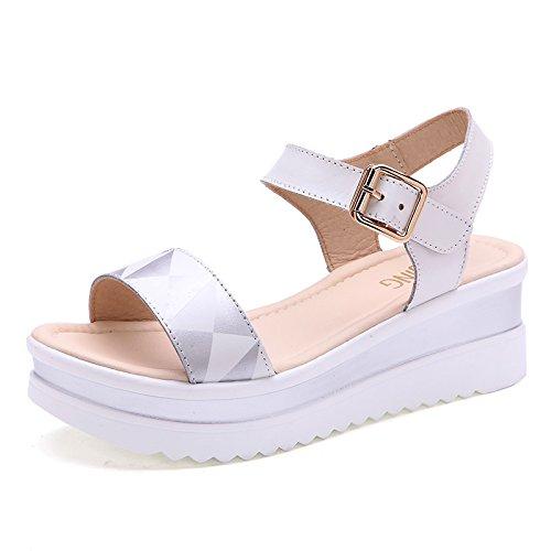 Xing Lin Sandales Pour Dames De Nouveaux Quartiers DÉté Sandale Plate-Forme Étanche Avec Des Chaussures En Cuir Occasionnels Dame Fond Épais Ouvert Toe Flat Sandals Silver