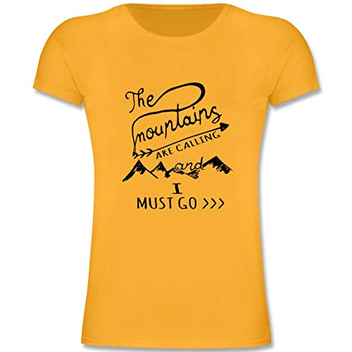 Up to Date Kind - The Mountains Are Calling - 116 (5-6 Jahre) - Gelb - F131K - Mädchen Kinder T-Shirt