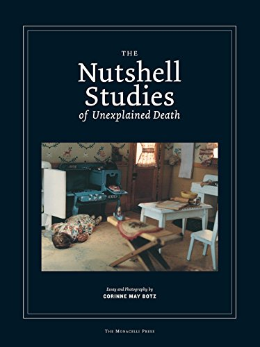 Nutshell Studies of Unexplained Death por Corinne MayBotz