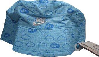 Nike Kinder Hut Reversible Wendehut Sonnenmütze. Schutz gegen Sonne und Wind von beiden Seiten zu tragen. Größe Child Small / Medium. ca. 22 cm Durchmesser. 100% Baumwolle (Reversible Nike Cap)