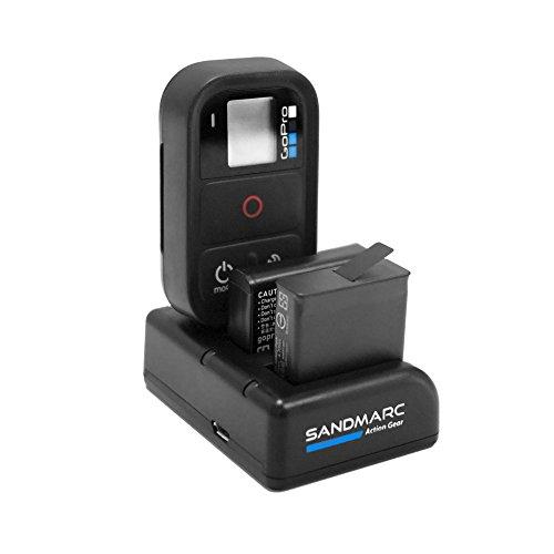 Todo en un solo triple del cargador para su cámara GoPro . SANDMARC Procharge le permite cargar su GoPro Hero 8, 7, 6, 5, 4 y Wifi Remoto en un solo dispositivo.