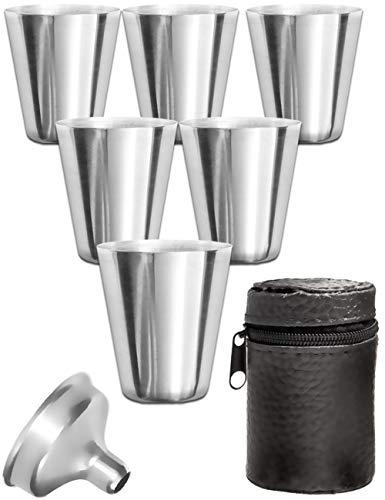 Outdoor Saxx® - 8-Teiliges Edelstahl Trink-Becher Set | 6 unzerbrechliche Schnaps-Becher + Einfüll-Trichter + Leder-Tasche | ideales Flachmann-Zubehör