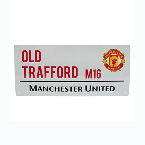 manchester-united-fc-sir-matt-busby-way-street-sign