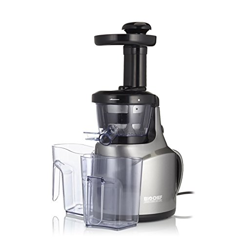 Extractor de zumos BioChef Slow Juicer - Exprimidor lento con tecnología Cold Press ¡El más pequeño y económico! 3 años de garantía y 30 días de prueba (Gris Acero)