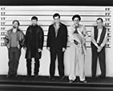 STEPHEN BALDWIN AS MICHAEL MCMANUS, GABRIEL BYRNE AS DEAN KEATON, BENICIO DEL TORO AS FRED FENSTER, KEVIN POLLAK AS TODD HOCKNEY, KEVIN SPACEY AS ROGER 'VERBAL' KINT FROM THE USUAL SUSPECTS #2 - Photo cinématographique en noir et blanc- AFFICHE - 60x50cm