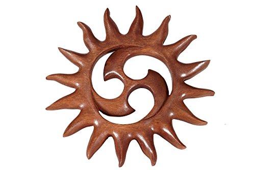 Windalf Pagan Sonnen Holzbild Alina Ø 21.5 cm Kleine Kelten Triskele Glyckssymbol Wandrelief Handarbeit aus Holz