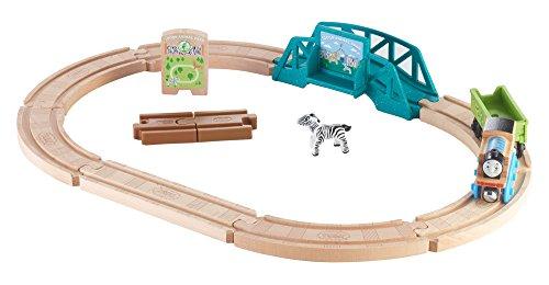 Thomas & Friends FKF51 Wood Animal Park Set, Thomas the Tank Engine Toy Train Set, Wooden Toy Train Set, 3 Year Old