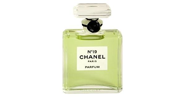 3d2071a0387ac Chanel No. 19 femme woman