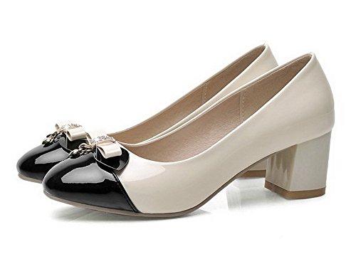 AllhqFashion Damen Quadratisch Zehe Lackleder Eingelegt Ziehen Auf Pumps Schuhe Cremefarben