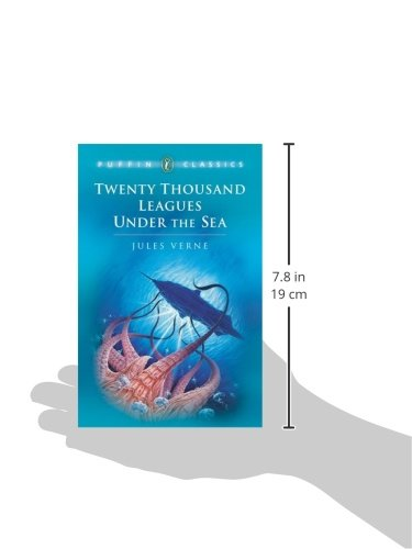 Twenty Thousand Leagues Under the Sea (Puffin Classics)