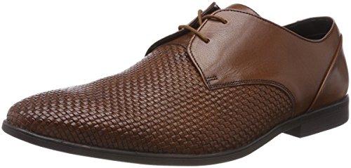 Zapatos marrones elegantes con diseño fresco para hombre