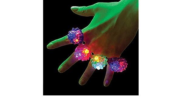 zuf/ällige Farbe Li/_unmio 1 st/ücke Erdbeere Geformte Party Blinkende Lichter LED Leuchtenden Ring Finger Lampe