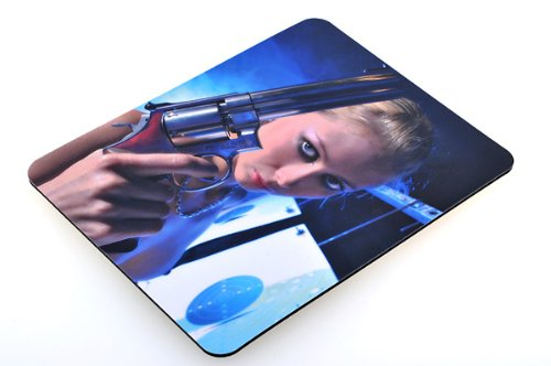 erotisches-mousepad-mauspad-motiv-colt-smith-wesson-magnum-laser-gaming