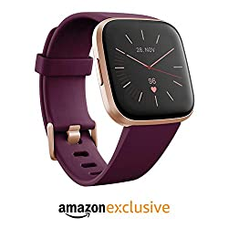 Fitbit Versa 2 Amazon Exclusive - Gesundheits- und Fitness-Smartwatch mit Sprachsteuerung, Schlafindex und Musikfunktion, Bordeaux