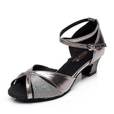 Moda inferiore morbida pelle tracolla trasversale in metallo personalizzabili buckleNon donna scarpe da ballo Pelle latino /moderno Sneakers Chunky Heel pratica Grigio