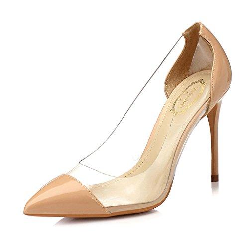 Chaussures pointues à talon pointu de couleur nude avec fine lumière et chaussures en plastique transparent de couleur mélangée