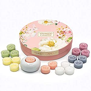Yankee Candle Gift Set, 18 Scented Tea Lights, Garden Hideaway Collection