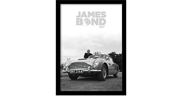 40/x 40/x 1.3/cm Aston Martin Pyramid International James Bond / /Stampa Artistica 40/x 40/cm Carta