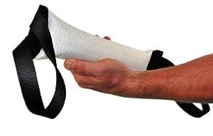 Bâton à mordre pour l'entraînement - Fabriqué en TUYAU D'INCENDIE de qualité - Parfait pour l'entraînement - Taille M - 6 cm de large par 30 cm de long - 2 poignées à chaque extrémité - LES COULEURS PEUVENT VARIER !!! Disponible dans plusieurs tailles et