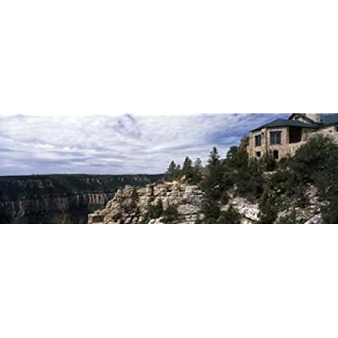 Panoramic Images – Low angle view of a building, Grand Canyon Lodge, Bright Angel Point, North Rim, Grand Canyon National Park, Arizona, USA Artistica di Stampa (91,44 x 30,48 cm)