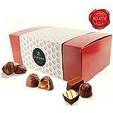 Chocolats et truffes belgique - ballotin chocolat assortiment Dupont chocolatier.chocolat fête des mères Chocolat blanc chocolate noir. pralines, ganache cadeau d'anniversaire chocolat bonbon