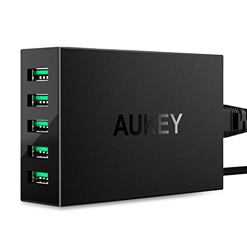 AUKEY Caricabatterie USB da muro, 5 Porte USB Wall Charger 50W, per iPhone 7 / 6S, iPad Air, Samsung Galaxy Tab 3 / 2, 5V Tablet PC e altri dispositivi di Aukey