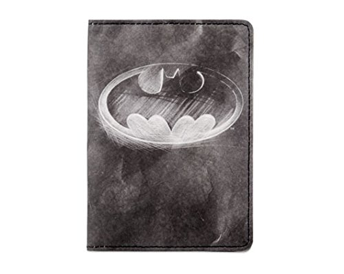 dynomighty-batman-mighty-passport-cover-the-utllity-belt-of-the-modern-man-water-stain-tear-resistan