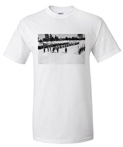 land-o-lakes-wisconsin-skiers-on-parade-near-kings-gateway-hotel-premium-t-shirt