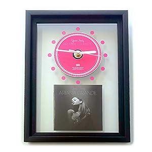 ARIANA GRANDE – Yours Truly: GERAHMTE CD-WANDUHR/Exklusives Design