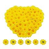 Especificación:   Material: tela + plástico  Tamaño: 3.8 x 3.8 x 2 cm  Cantidad: 100 ± 5 piezas (contado por mashines, no manualmente uno por uno)  Peso: 11g  Color: pétalos amarillos y pistilos amarillos  Característica:   Artificial realis...